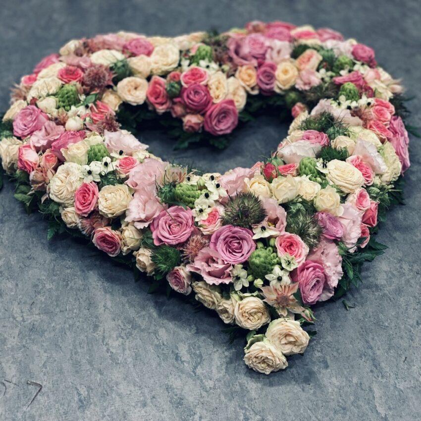 Send blomster til begravelse leveres til hele Danmark